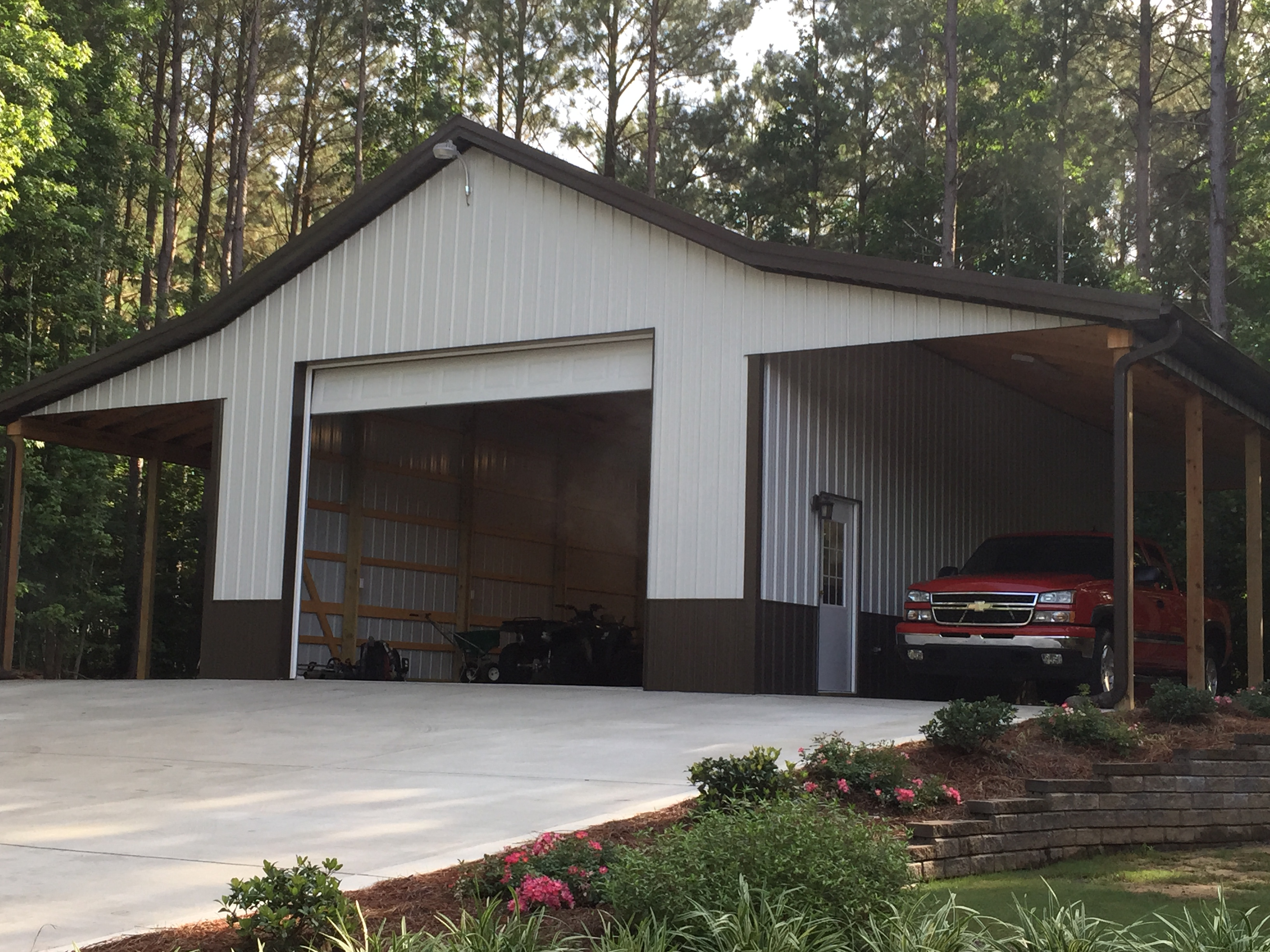4 car pole barn auto hobby for Barns and garages